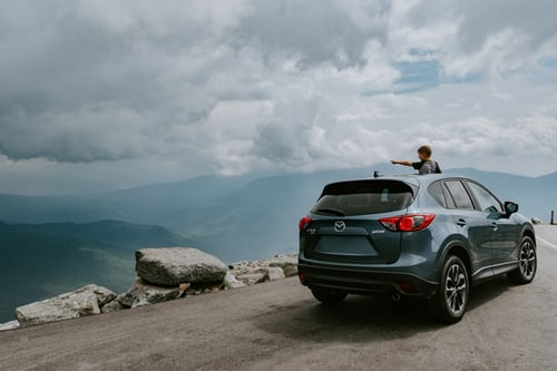 4 Important Features Of The Best Hybrid SUV