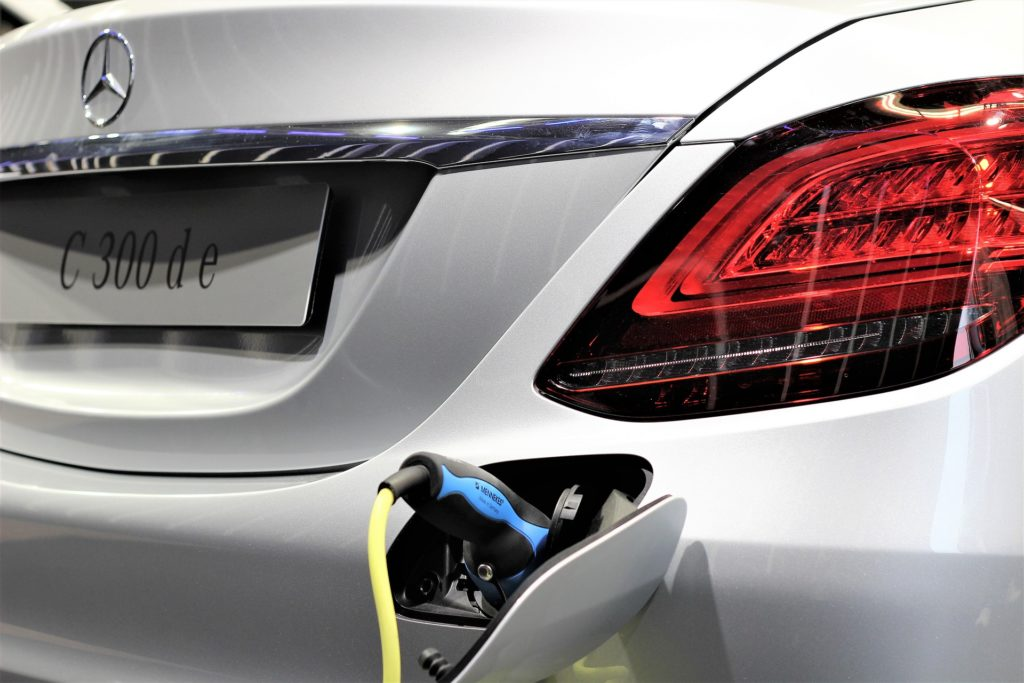 5 Ways Hybrid Battery Packs Are Being Improved