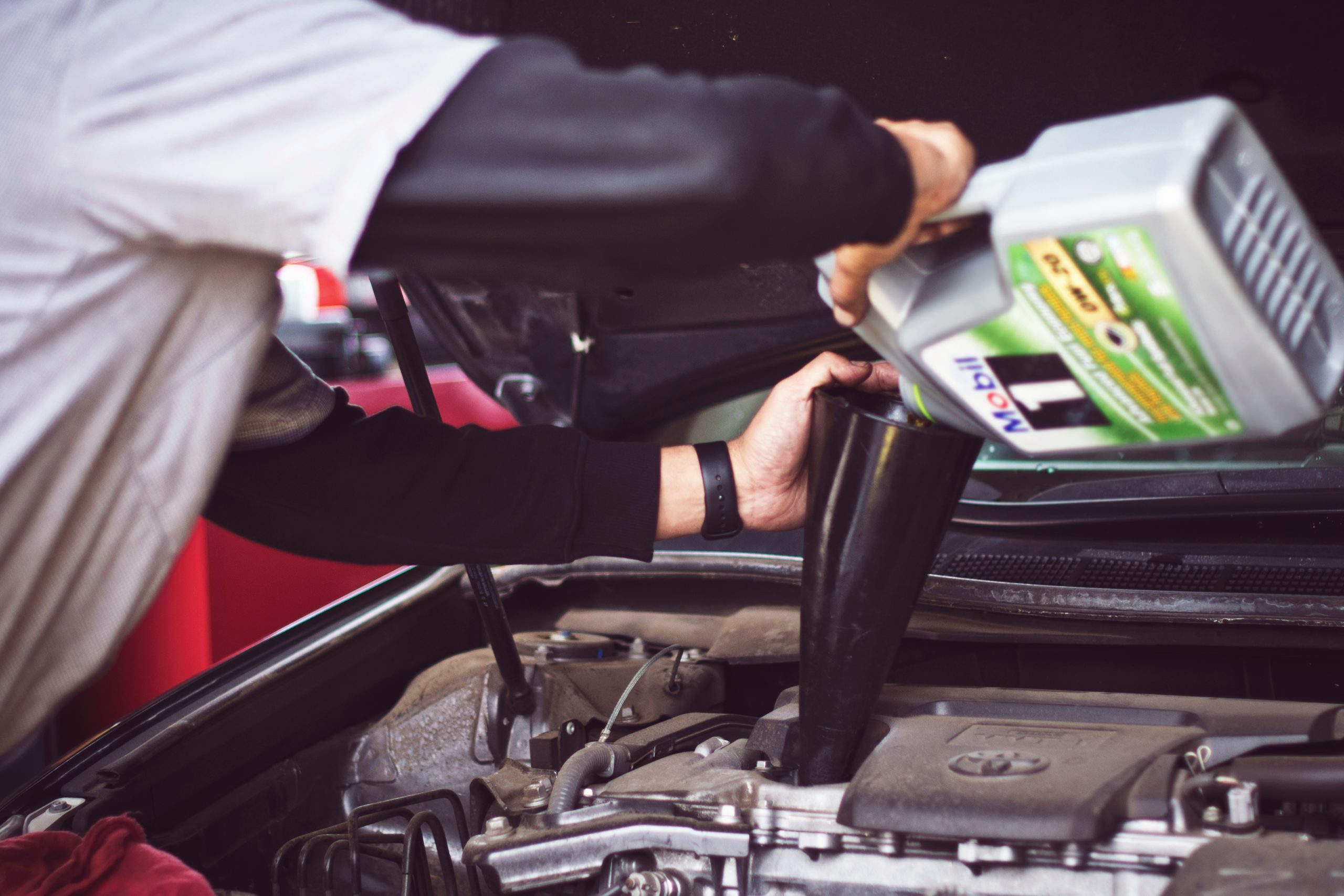 A Few Places Where You Can Buy Car Equipment